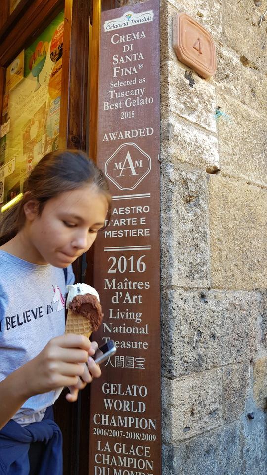 ไอศกรีมที่อร่อยที่สุดในโลก ซาน จิมิกนาโน บีคอนบอย ทราเวล