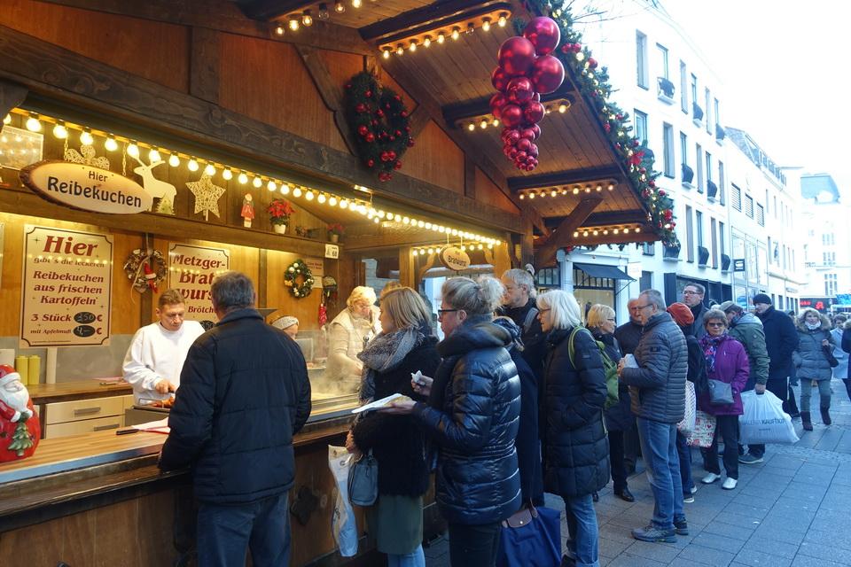 Christmas Market Bonn Bar Drink