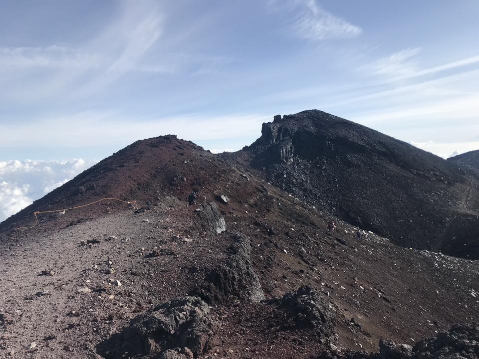 ภูเขาไฟฟูจิ เดินกลับ Beaconboy Travel