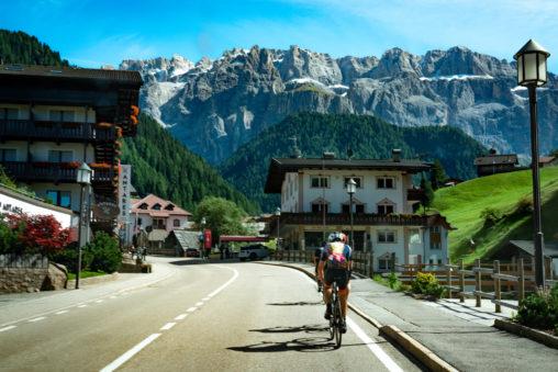 โดโลไมท์ Dolomite Beaconboy Travel